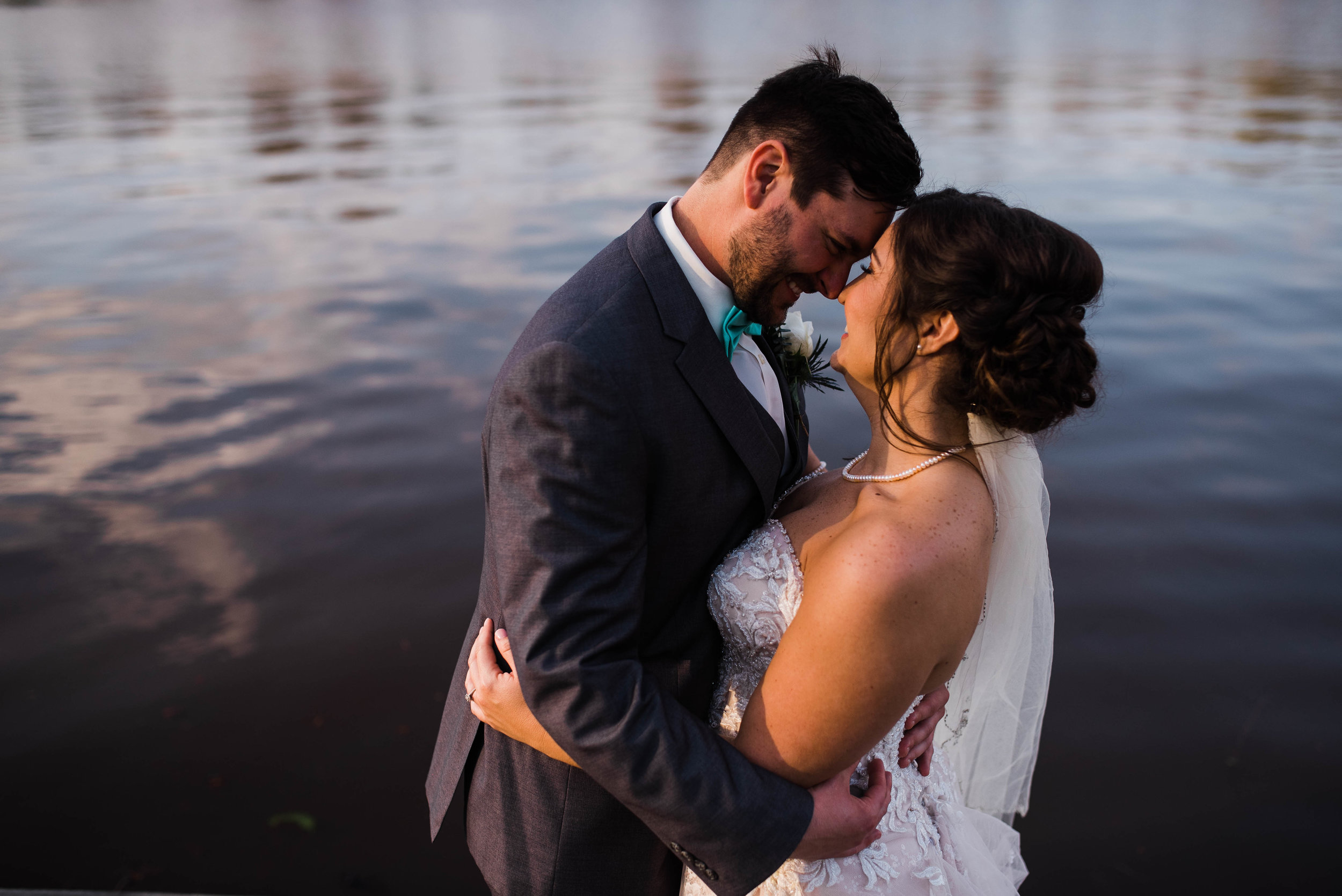 Jennifer + Derek-Fairview-State-Park-Lake-Pontchartrain-Basin-Maritime-Museum-Wedding_Gabby Chapin_Photography_Originals_01174.jpg