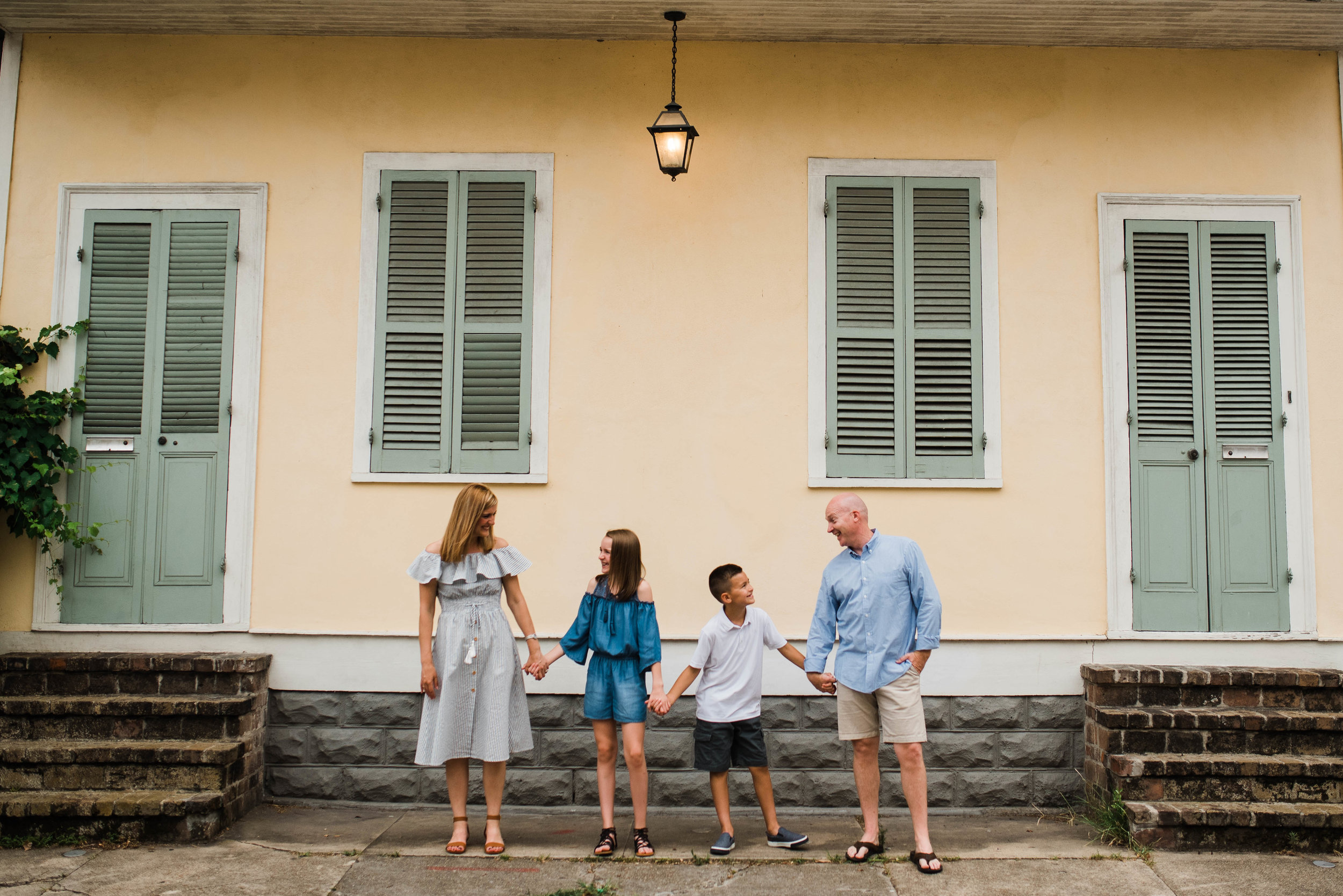 Conrad-Family-Photos-New-Orleans-French-Quarter_Gabby Chapin Photography_0071.jpg