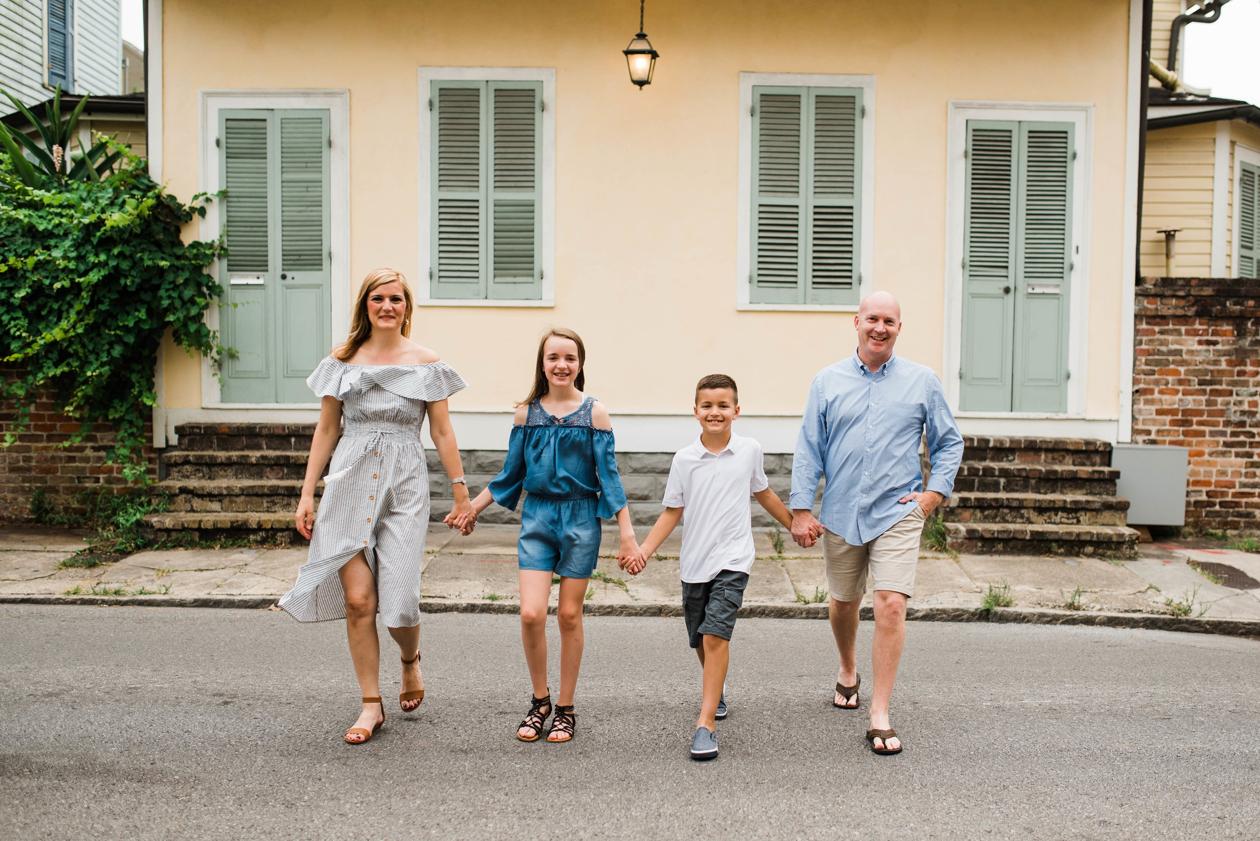 Conrad-Family-Photos-New-Orleans-French-Quarter_Gabby Chapin Photography_0073.jpg