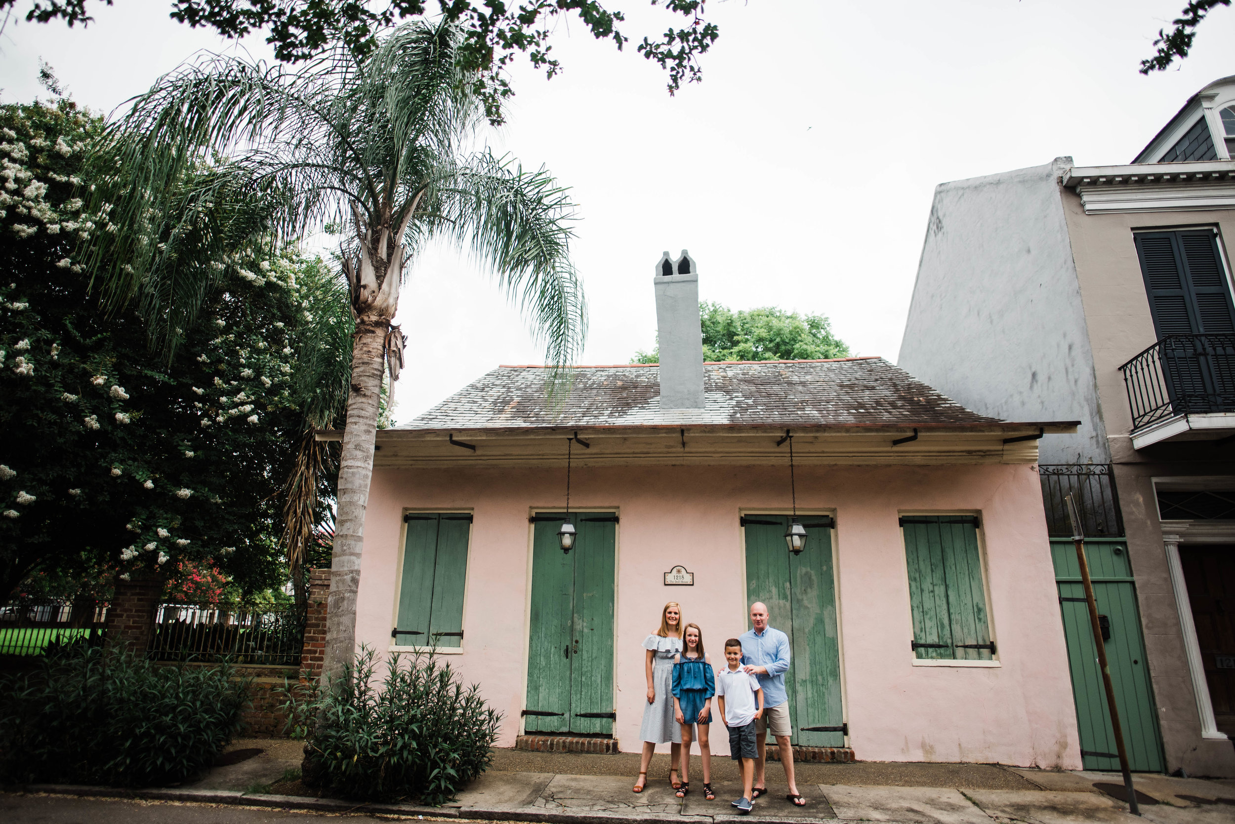 Conrad-Family-Photos-New-Orleans-French-Quarter_Gabby Chapin Photography_0134.jpg