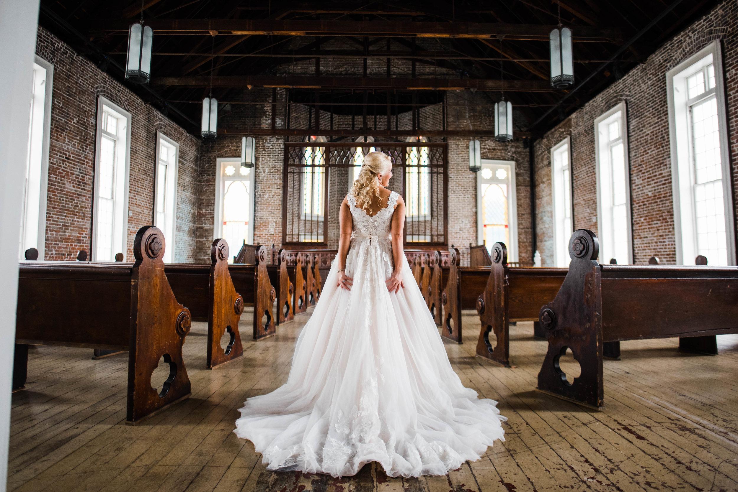 Kate-Felicity-Church-Bridal-Portraits_Gabby Chapin_Photography_Originals_00777.jpg