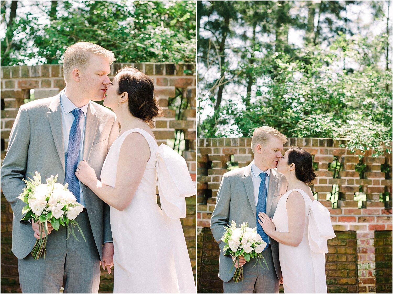 Heather + Scott-Longue-Vue-house-and-gardens-black-tie-wedding-photos_Gabby Chapin_Print_0095_BLOG.jpg