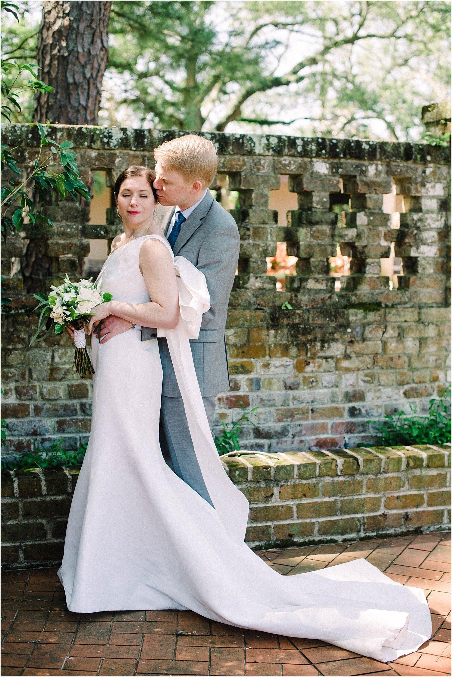 Heather + Scott-Longue-Vue-house-and-gardens-black-tie-wedding-photos_Gabby Chapin_Print_0083_BLOG.jpg