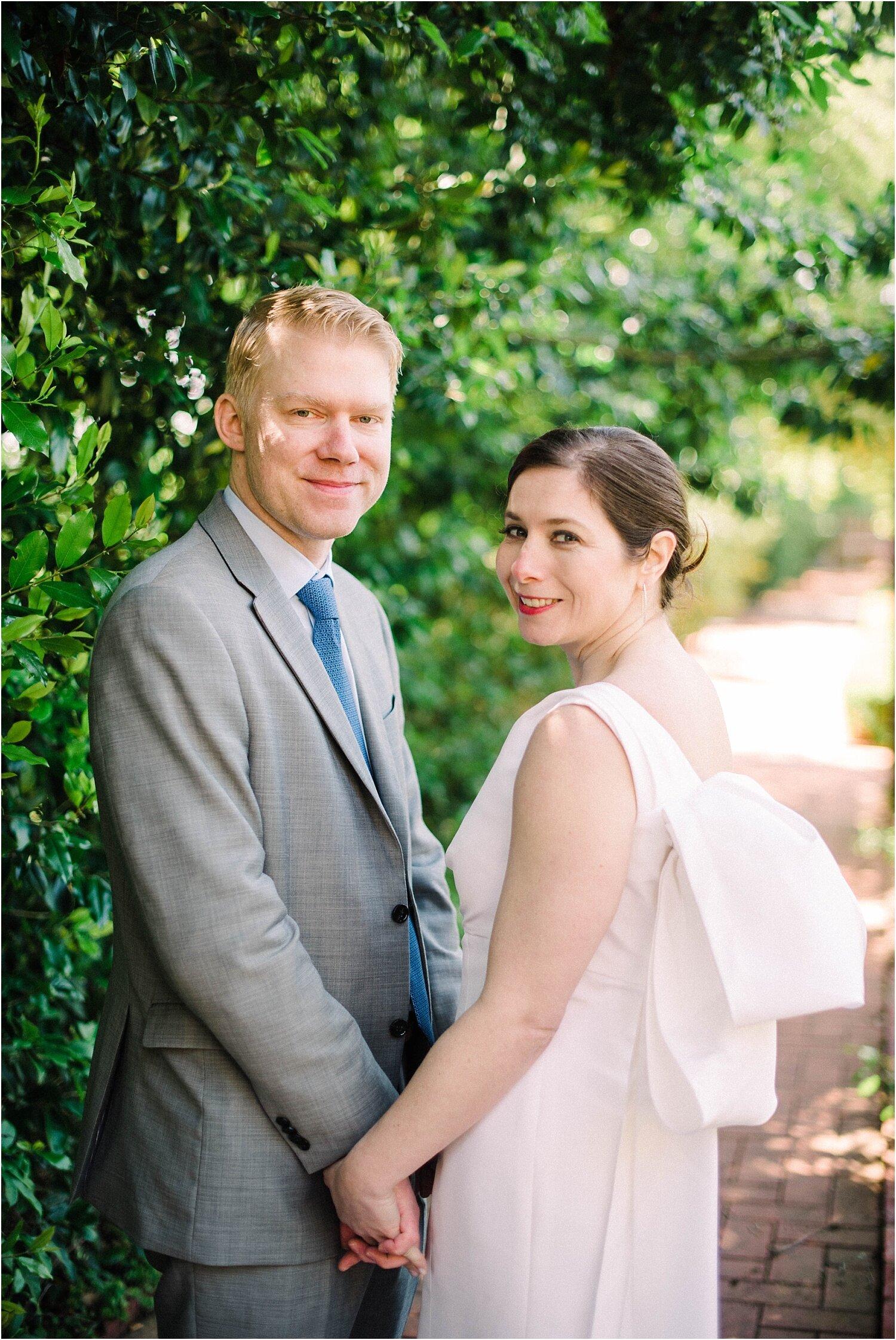 Heather + Scott-Longue-Vue-house-and-gardens-black-tie-wedding-photos_Gabby Chapin_Print_0110_BLOG.jpg