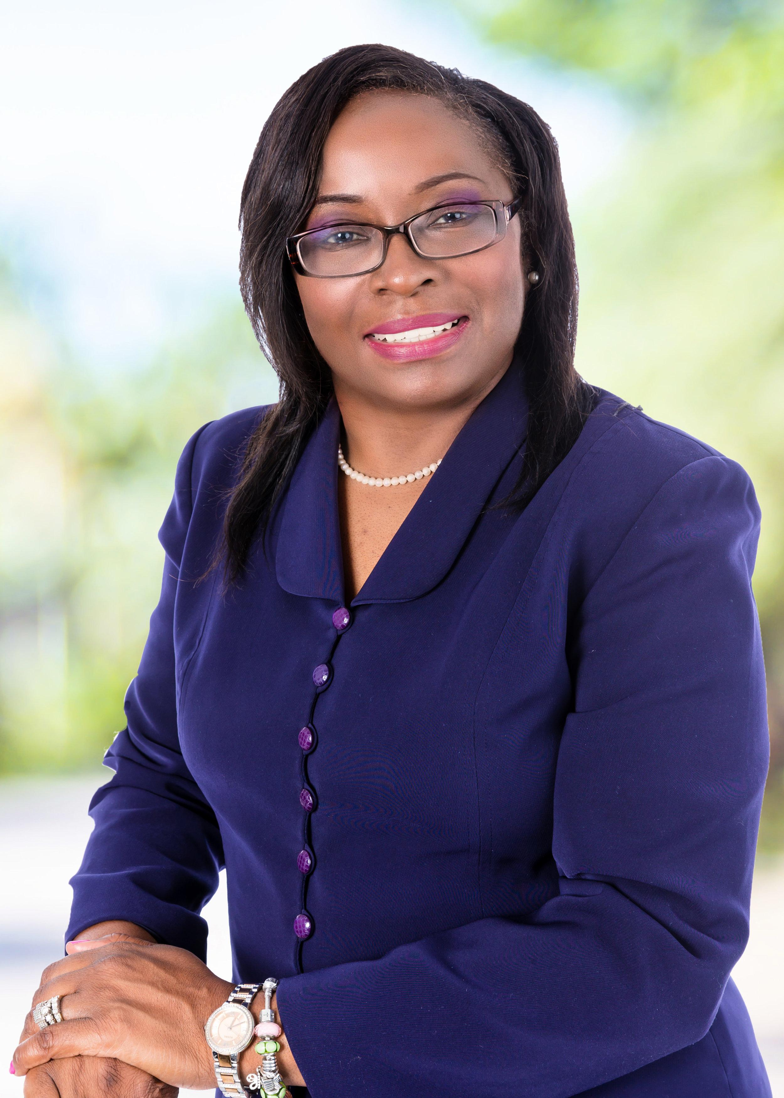 Commissioner-DianneWilliamsCox.jpg