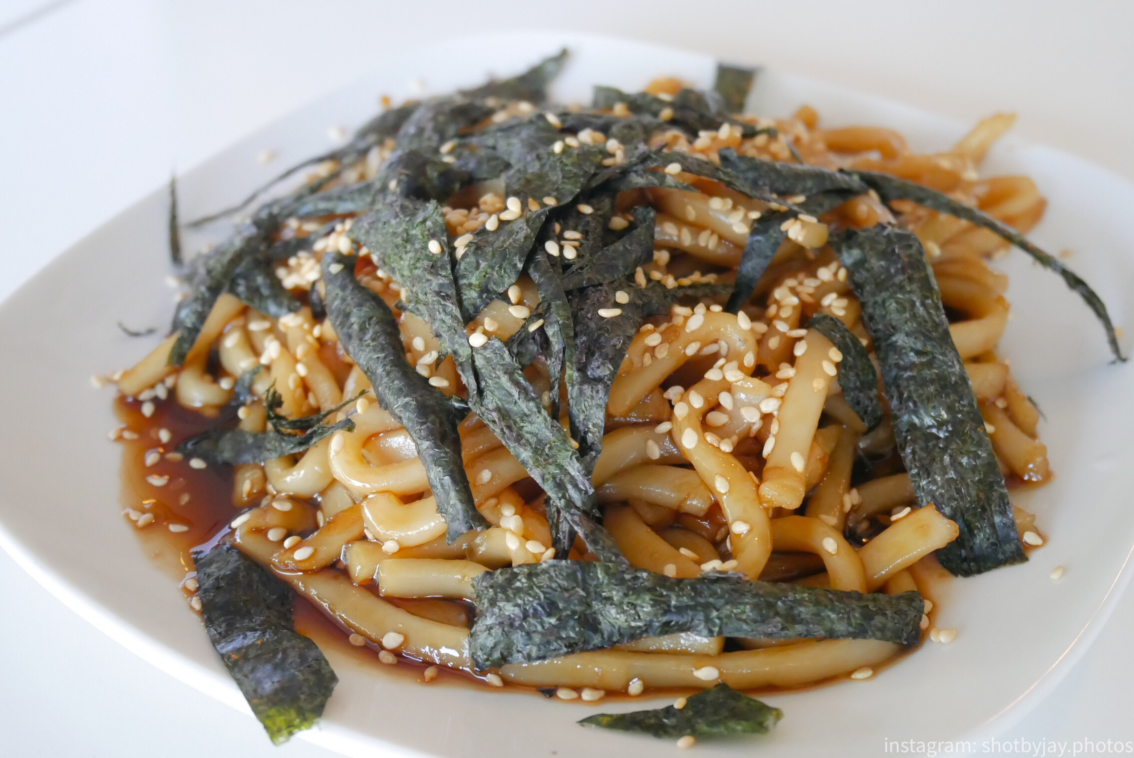 Sesame Udon Noodles with Seaweed