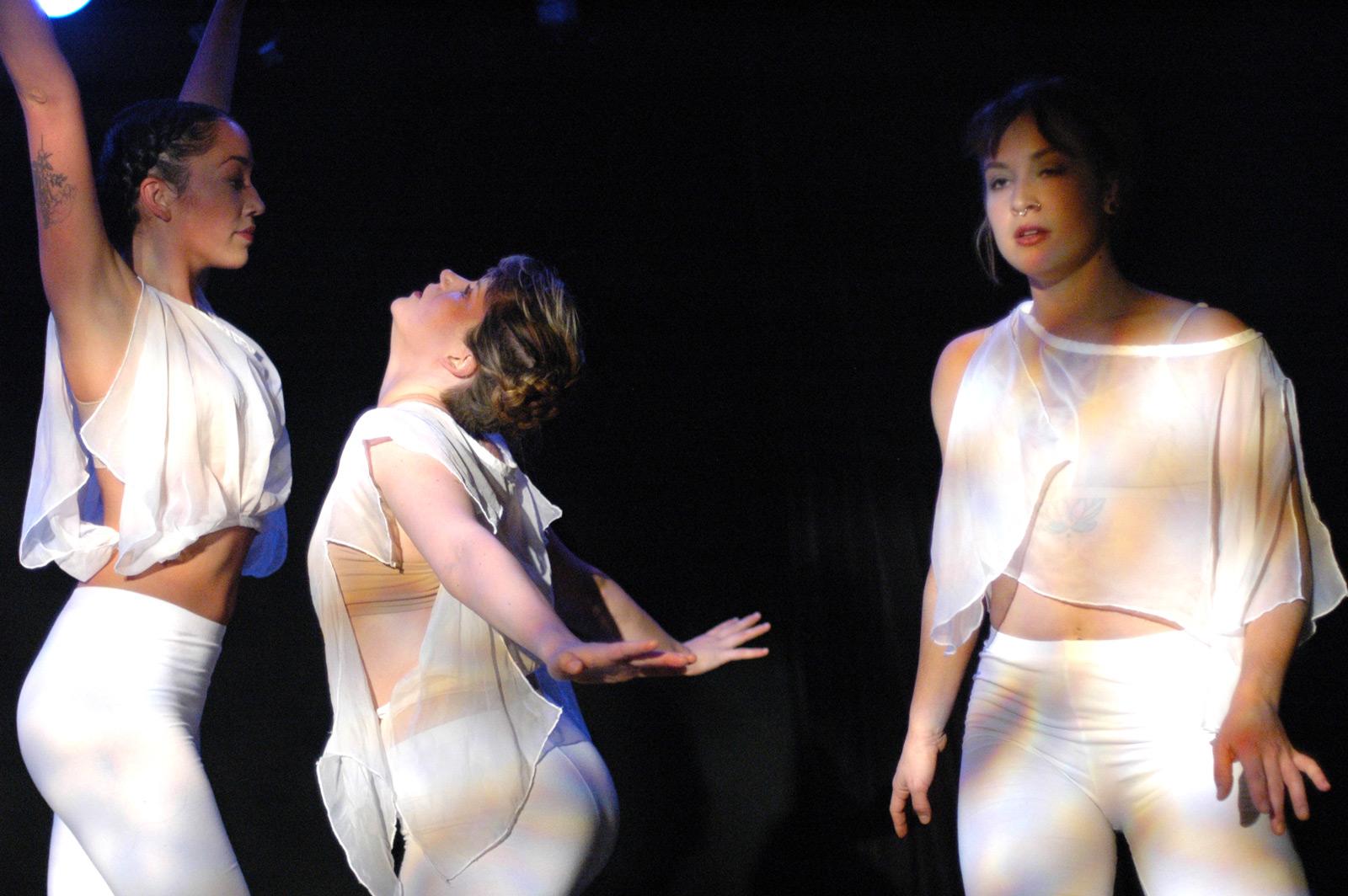 Dancing Georgina Project by Elisa Gutierrez