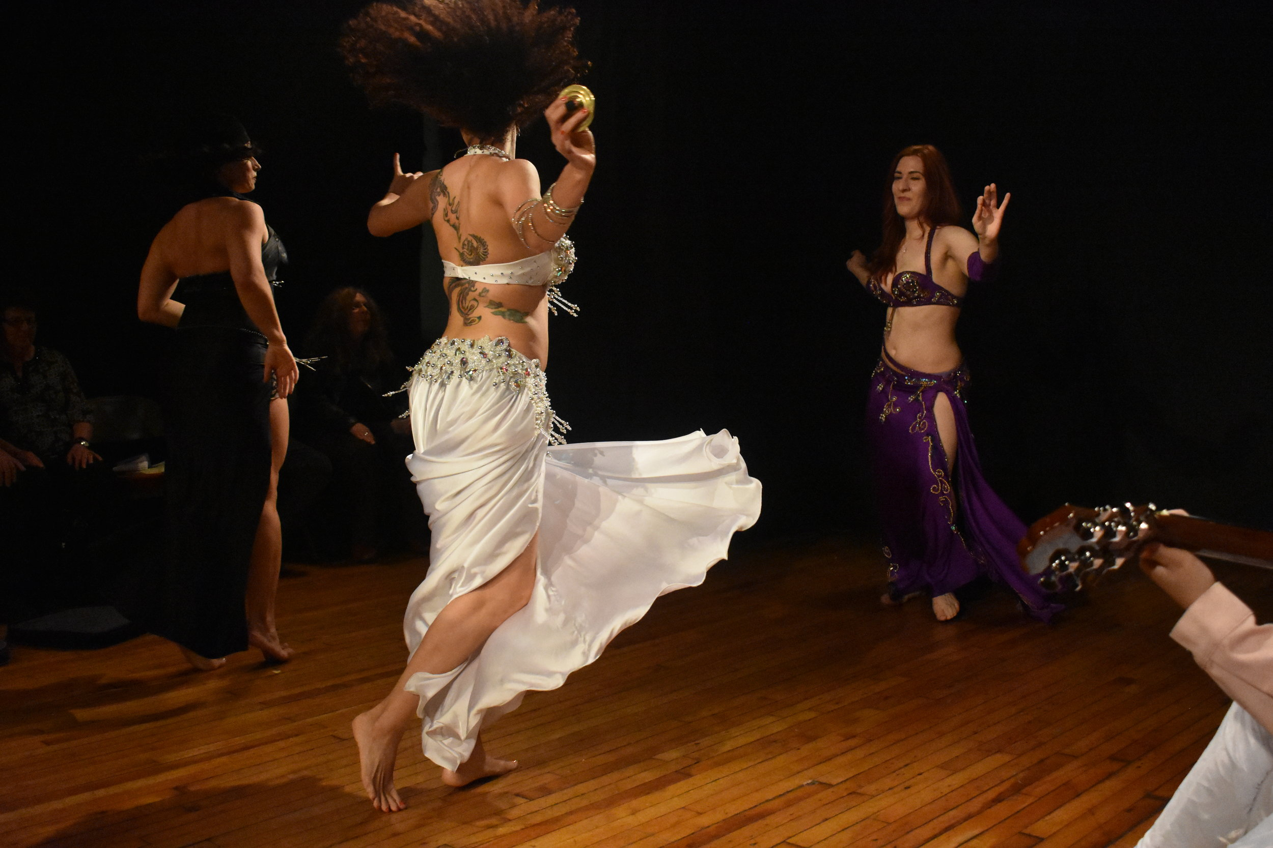 Shayna Maydela performed at the intersection of belly dancing and spirituality. Photo by Mollie Block