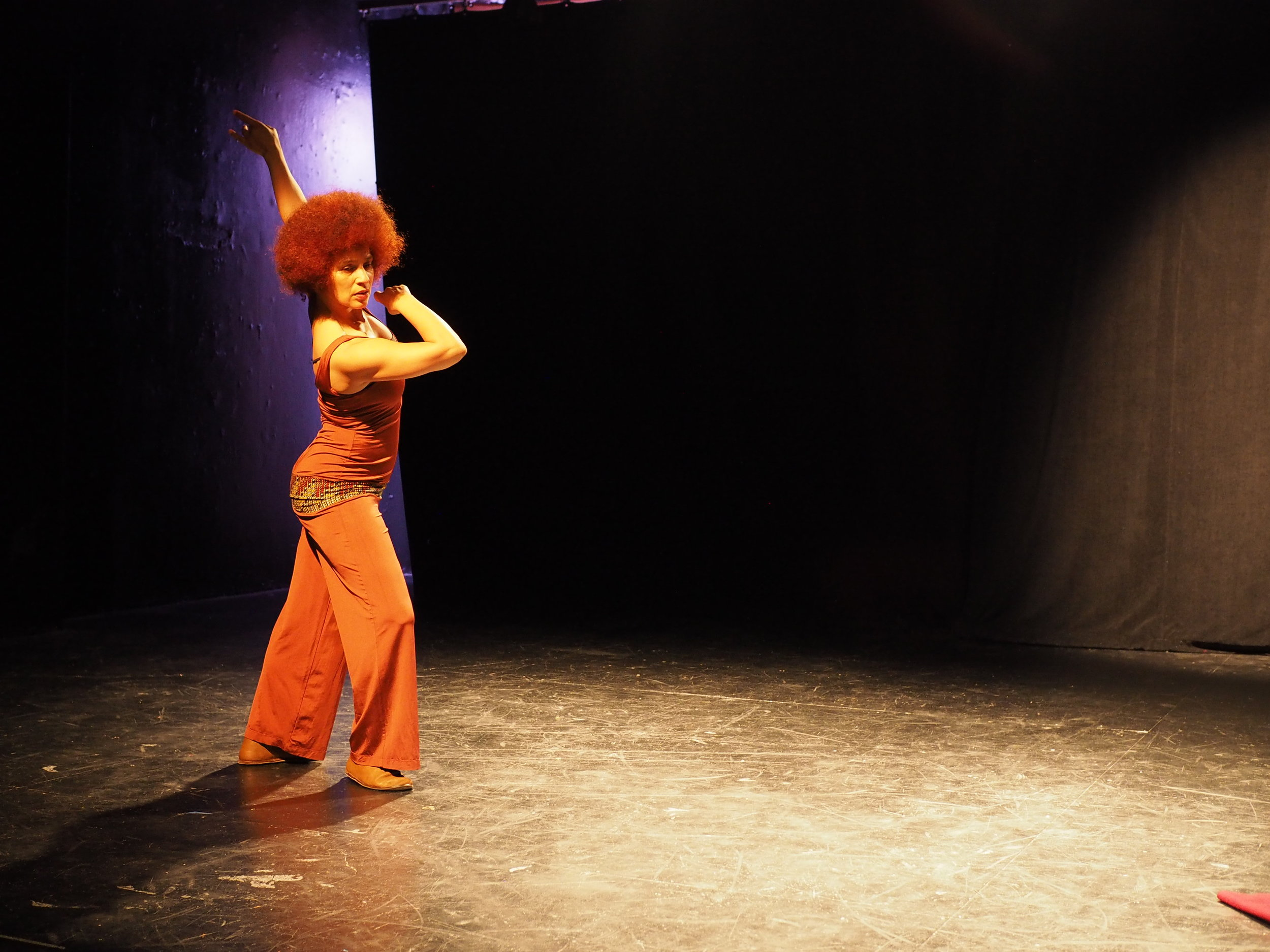 Oxana Chi dances.