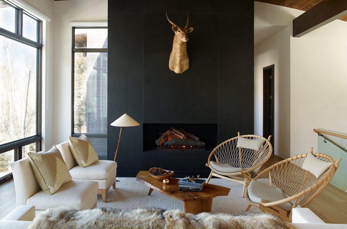 Aerin Lauder's Aspen Living room. Simple, serene, yet luxe.
