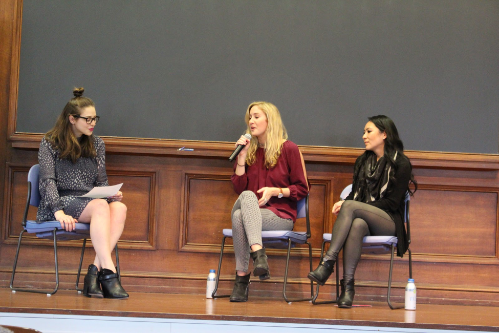 Spoon University CEO and Medill alum Mackenzie Barth answers questions of business and beyond, as creator of Sugar and Spice, Lauren Goldstein, moderates. (Also pictured: Alice Cheng, founder and CEO of Culinary Agents). Photo by Audrey Valbuena.