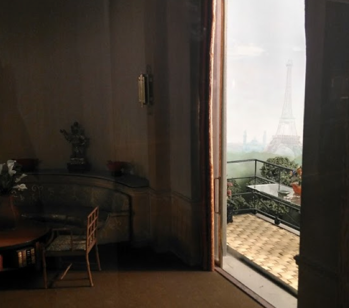 A glimpse of the Eiffel Tower in the distance. Image Courtesy of the Art Institute of Chicago.