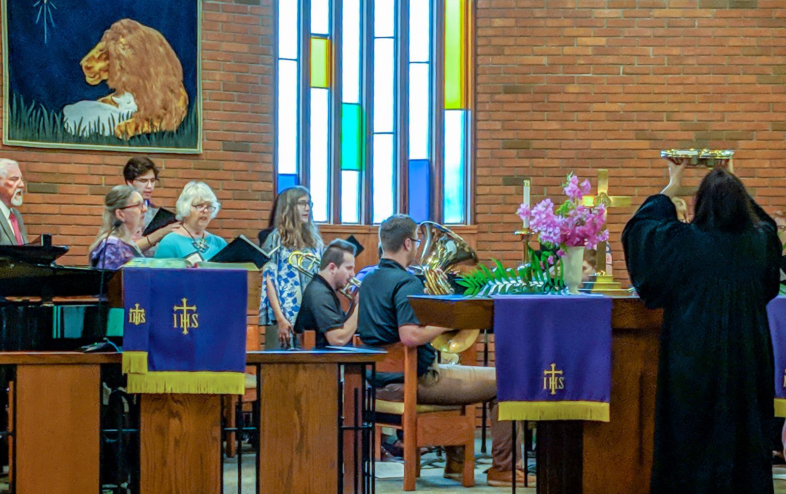 SHARE YOUR TALENTS WITH US - Choir Rehearsal - Mondays @ 4:42 pmHandbell Choir Rehearsal - Wednesdays @ 6 pmChurch Mice Artists - Thursdays @ 9 am
