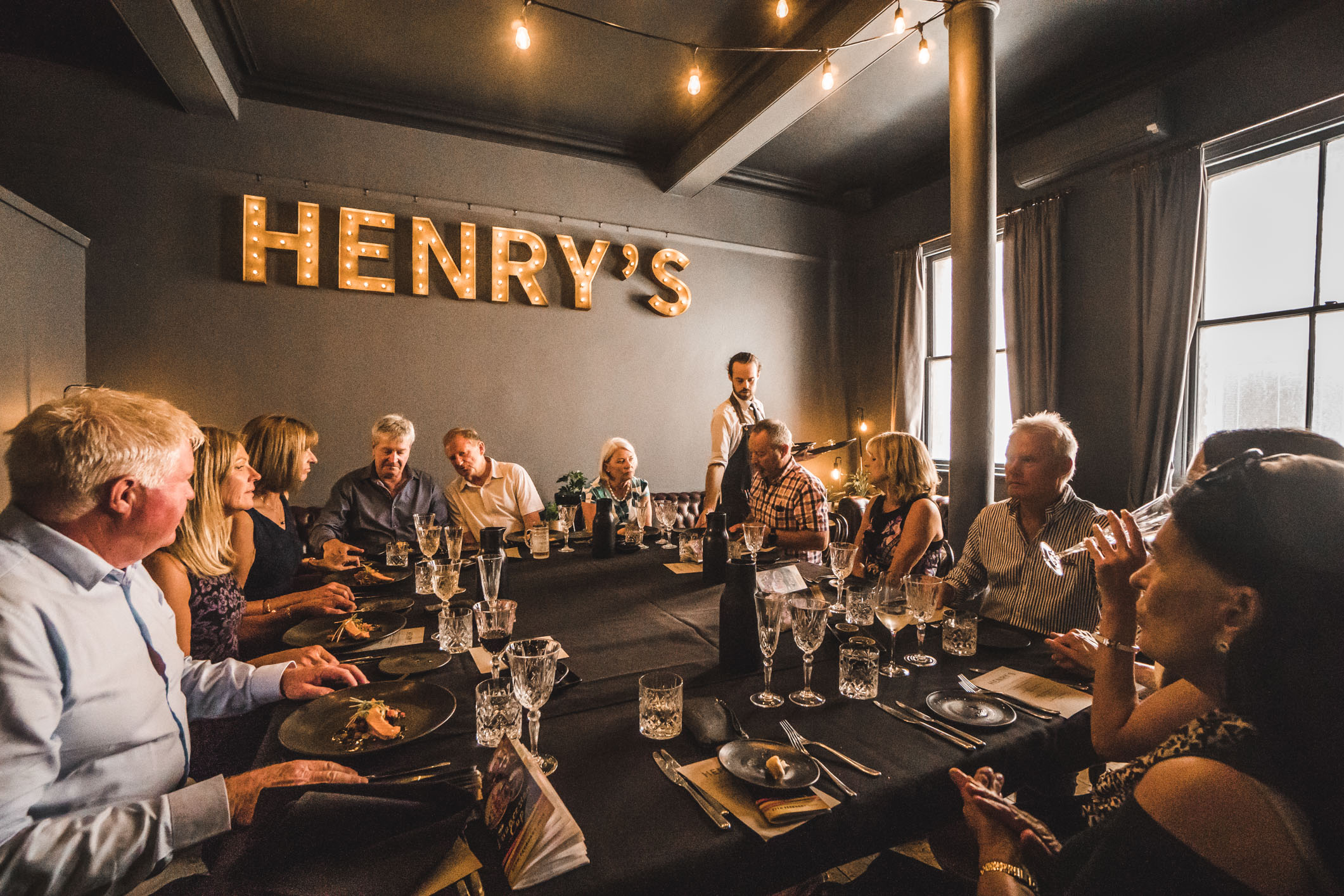 Henrys (Web) (5 of 10).jpg