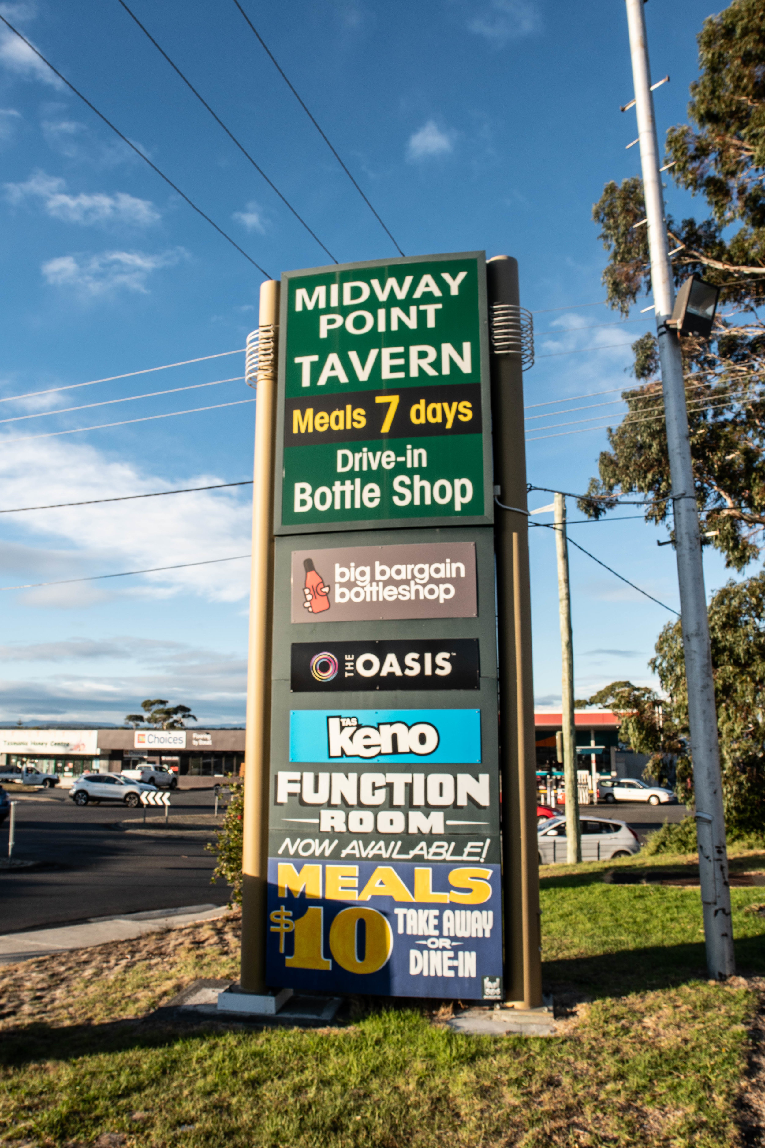 Midway Tavern (1 of 31).jpg