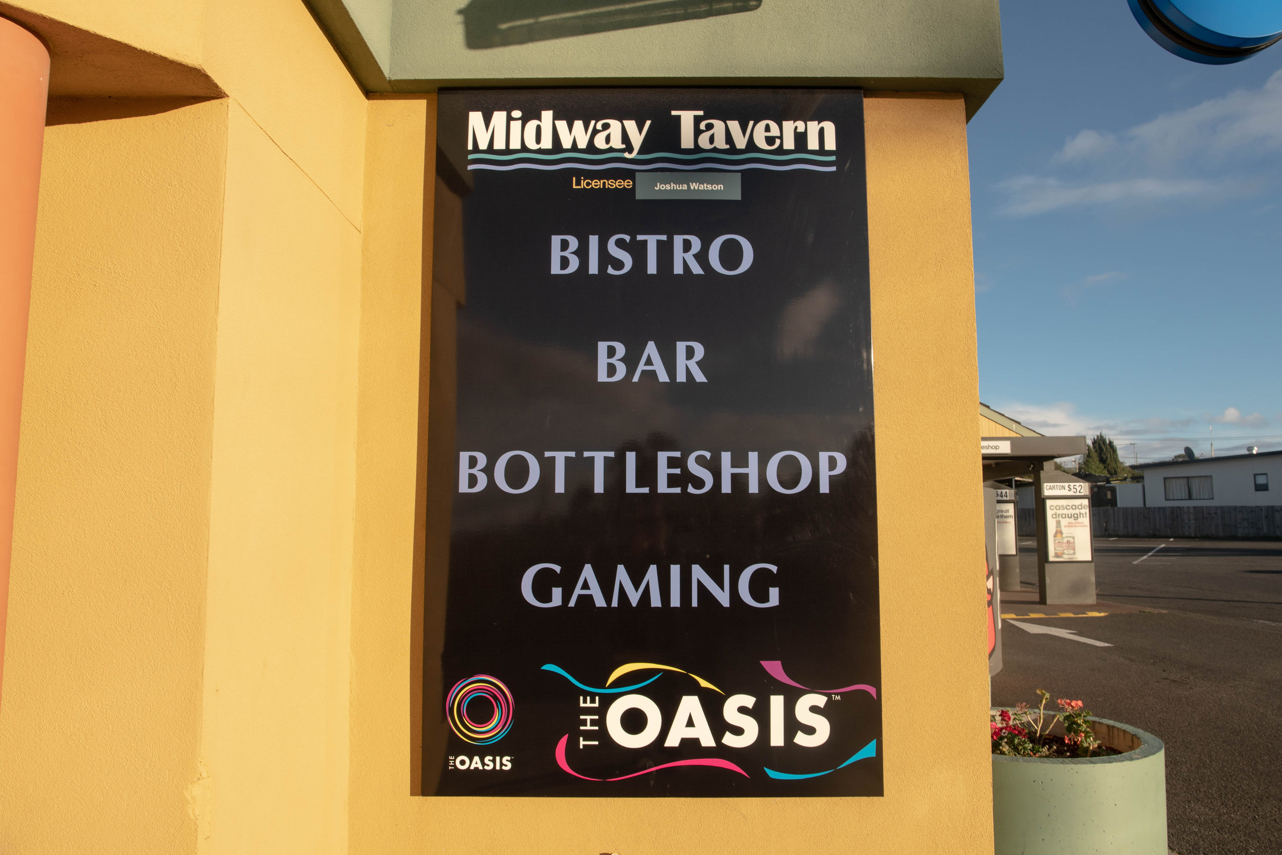 Midway Tavern (3 of 31).jpg