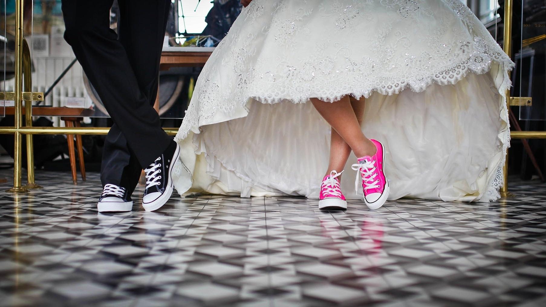 bridal-couple-footwear-38569.jpg