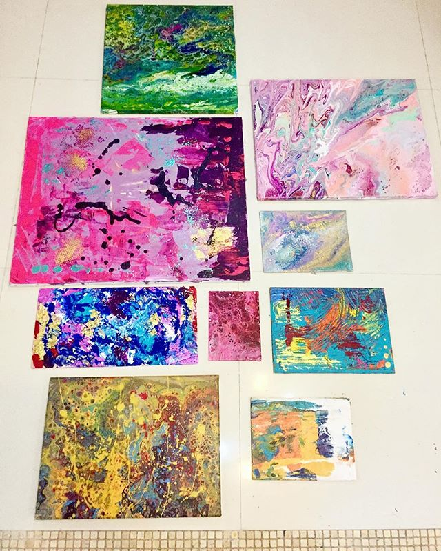 My collection of abstract paintings for the ISZAF summer challenge... even though the challenge may be over I enjoyed exploring a new direction in my work and will continue to explore different acrylic techniques:) .... #abstract #art #artistsoninstagram #paintings #arte #artwork #pintura #abstracto #acryliccells #colour #happy