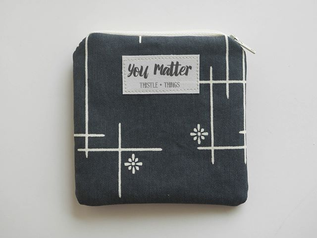 Look this cute navy pouch! #cutebag #pattern #youmatter #positivevibes