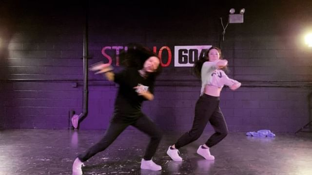 This month, we are training our Varsity Collective on how to teach their own classes. Heres our second round of classes featuring @karina_bromberg1 and @rianna_talento  Check out this fire combo from these two beauties 🔥🔥🔥