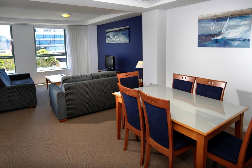 Lounge & Dining Room.jpg