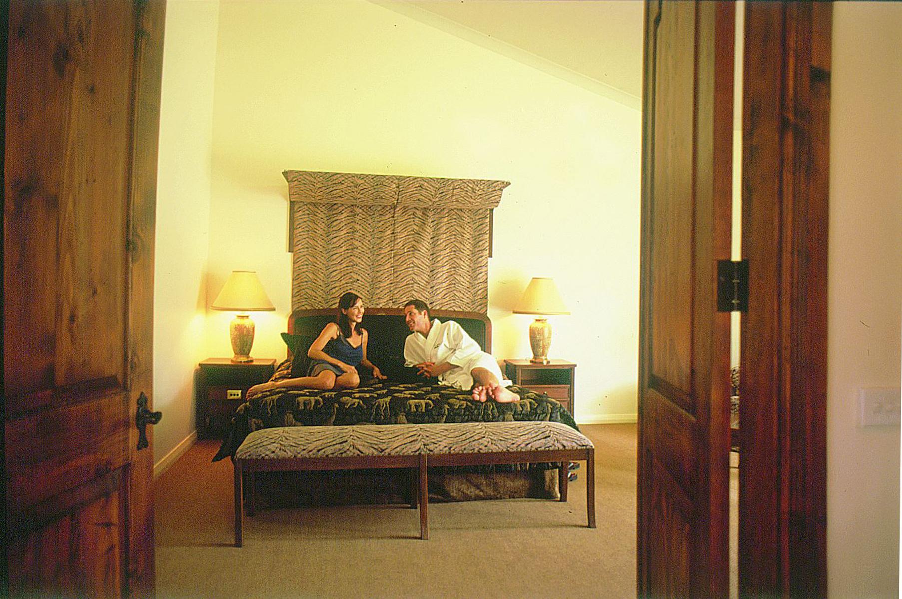 Presidential Suite - bedroom.jpg