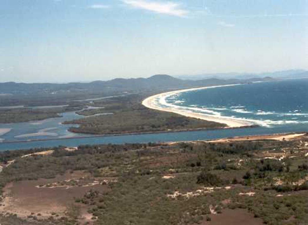 Aerial Macleay River Mouth .jpg