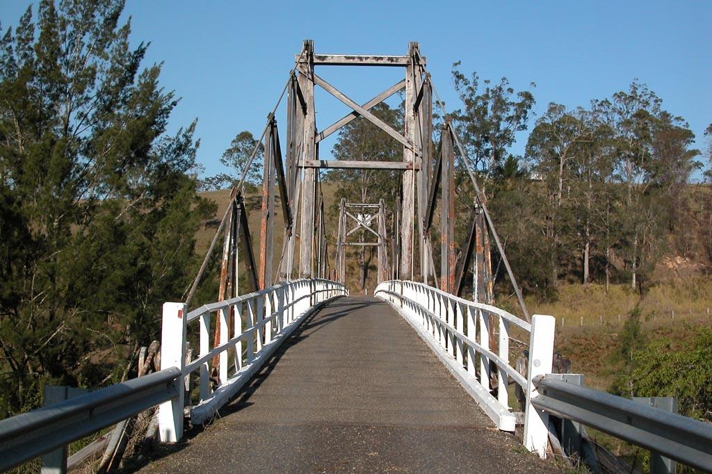 Kindee Suspension Bridge.JPG