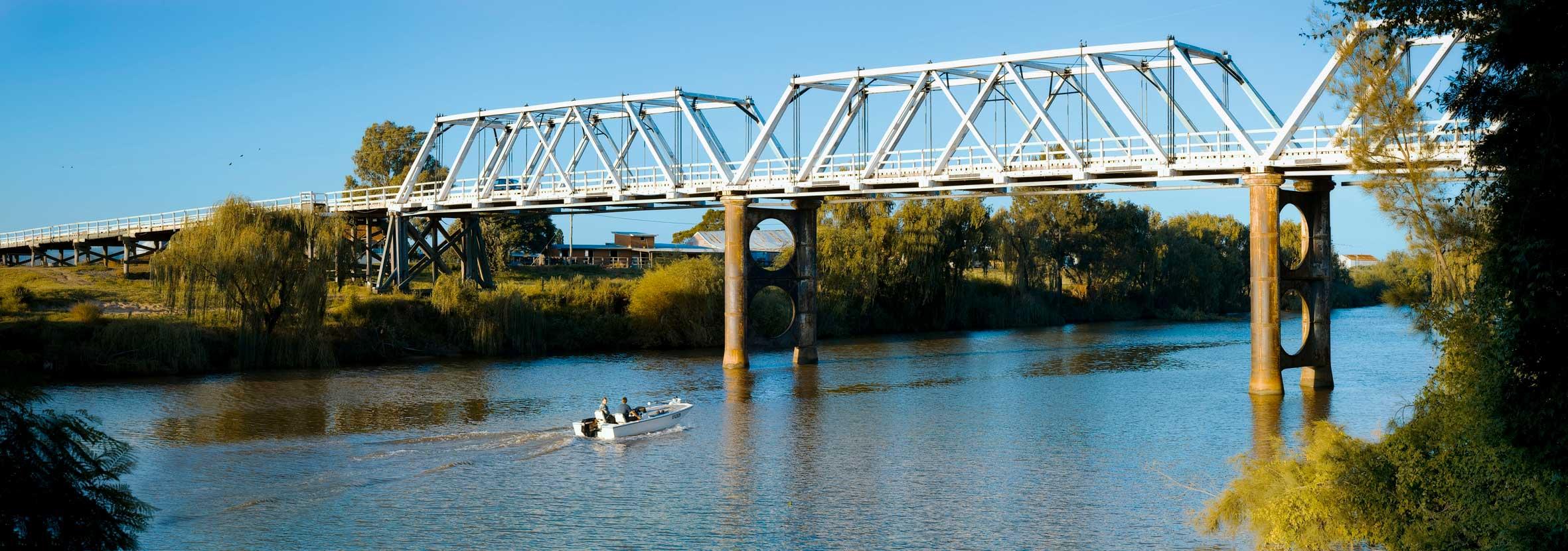 Morpeth-Bridge-landscape.jpg