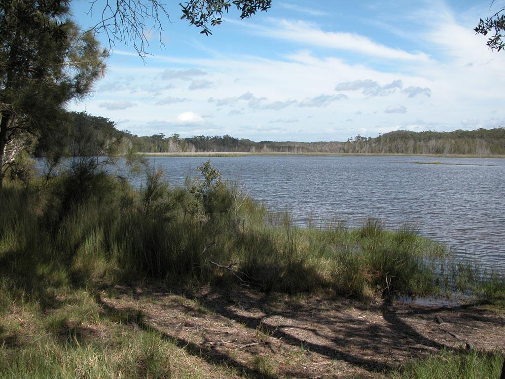 Lake Cathie012.JPG