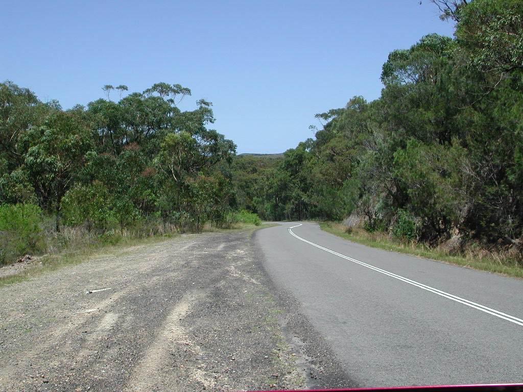 Road leading to Catho.JPG