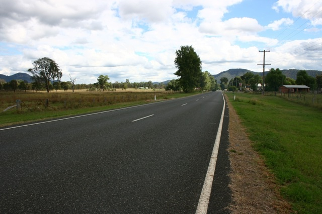 singleton st off wollombi broke2.jpg