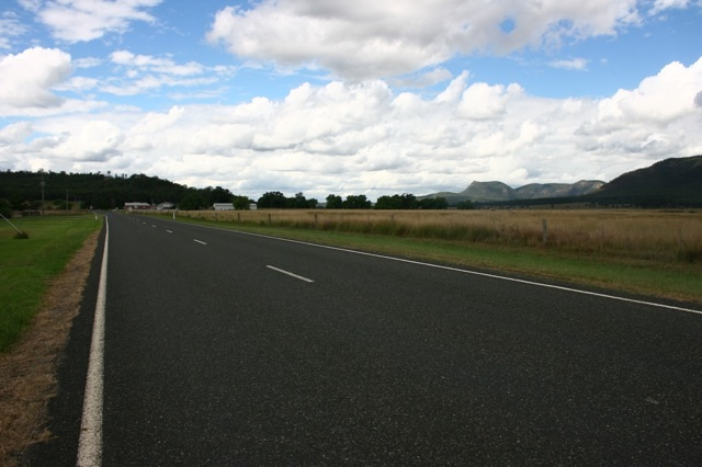 singleton st off wollombi broke3.jpg