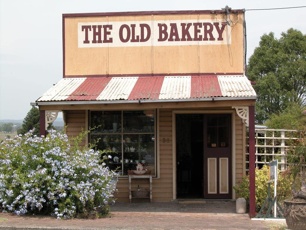 Old Bakery Antiques Cundletown.JPG