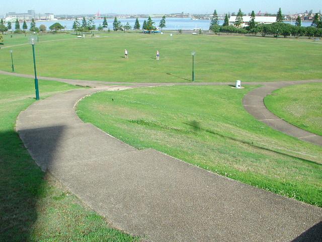 foreshore park path.JPG