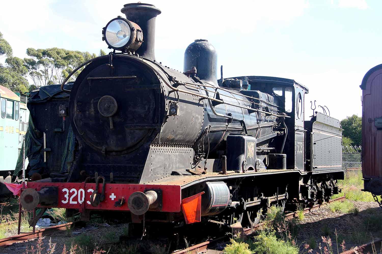 13-loco-3203.jpg