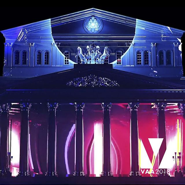 This was one of our favorite categories in the VAA's!!! Artist: Jakub Zuscin Installation: Art Vision Classic 2017 Category: Best mapping by student . . #mapping #visuals #live #stage #arena #augmentedreality #motion #3dmapping #videomapping #motiongraphics #projectionmapping #visualartistawards #arkaos #resolume #vdmx #madmapper #modul8 #vj #vjing #vjlife