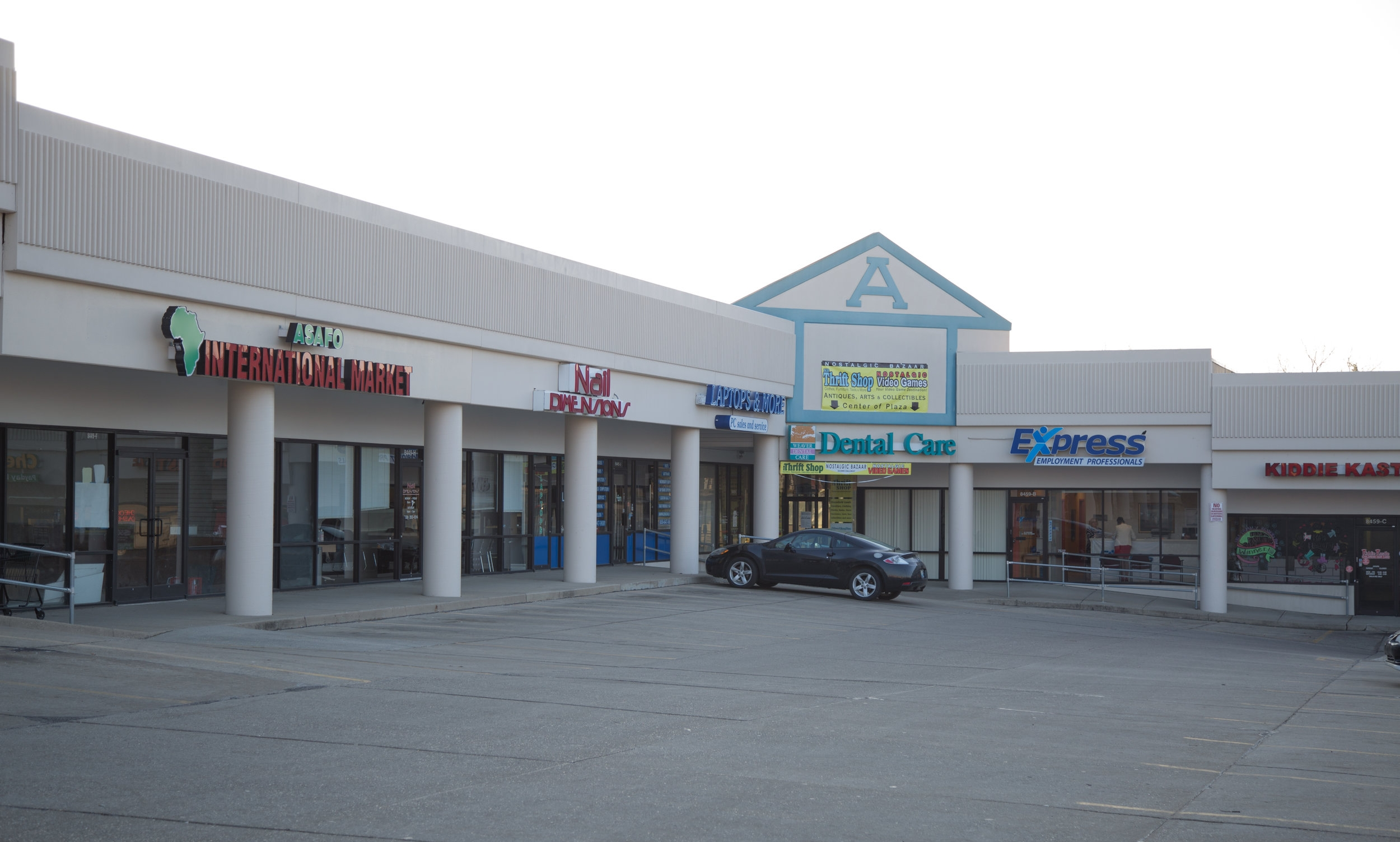 8449 US 42 - Alpha Shopping Center