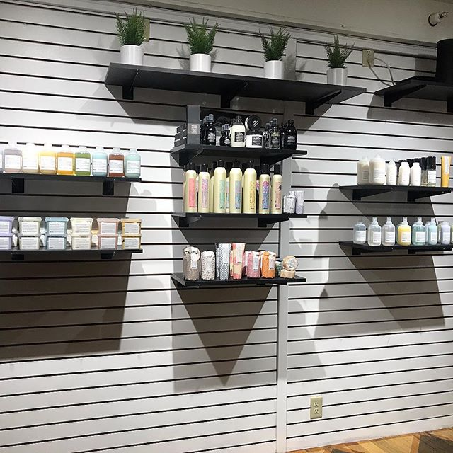 Have you heard the news!? @mintbend is now offering Davines haircare products!!Stop by our downtown location to get all you need to maintain that mane. #mintbend #davines #davinessalon
