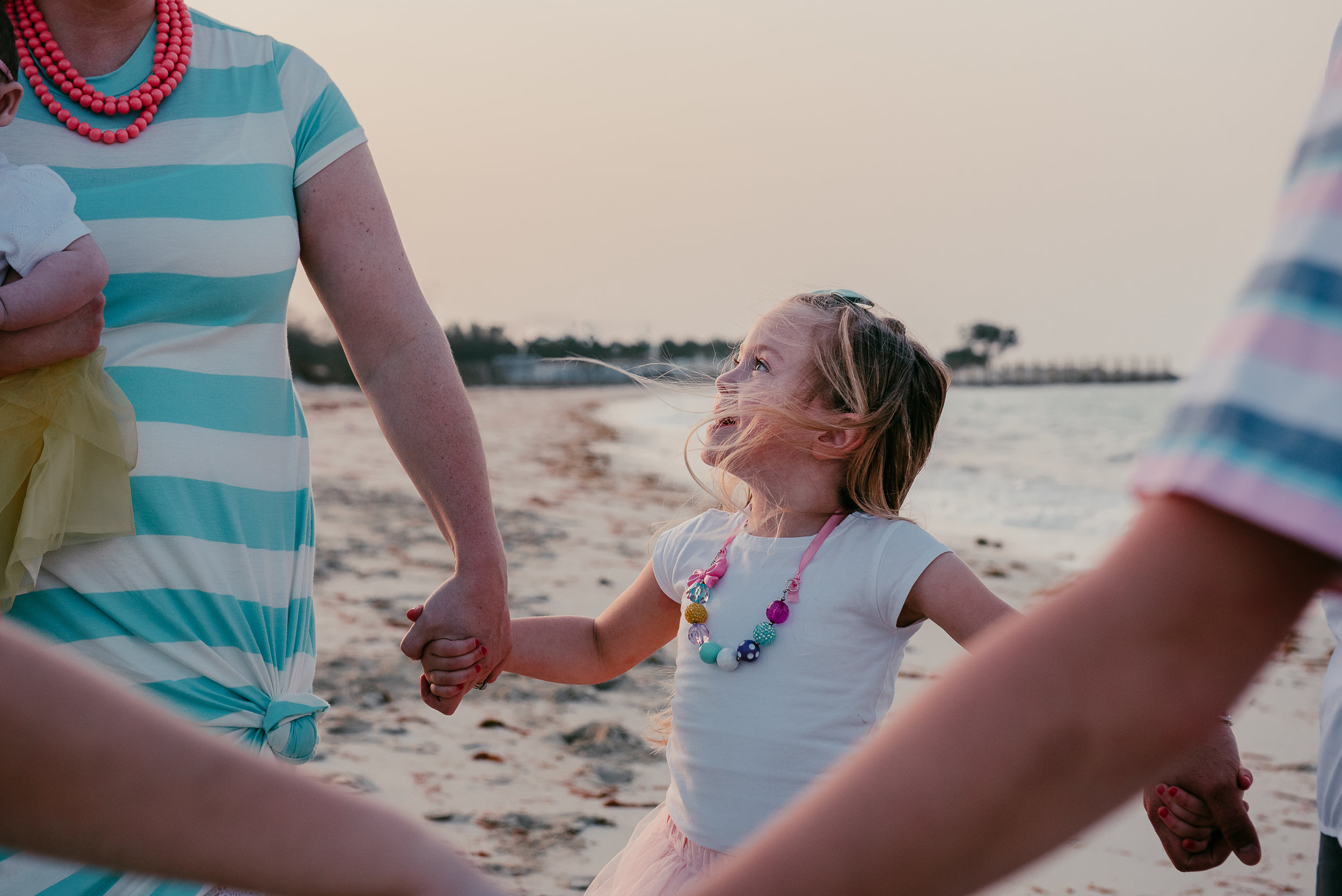 Aprke Family Beach Session 2017-40.jpg
