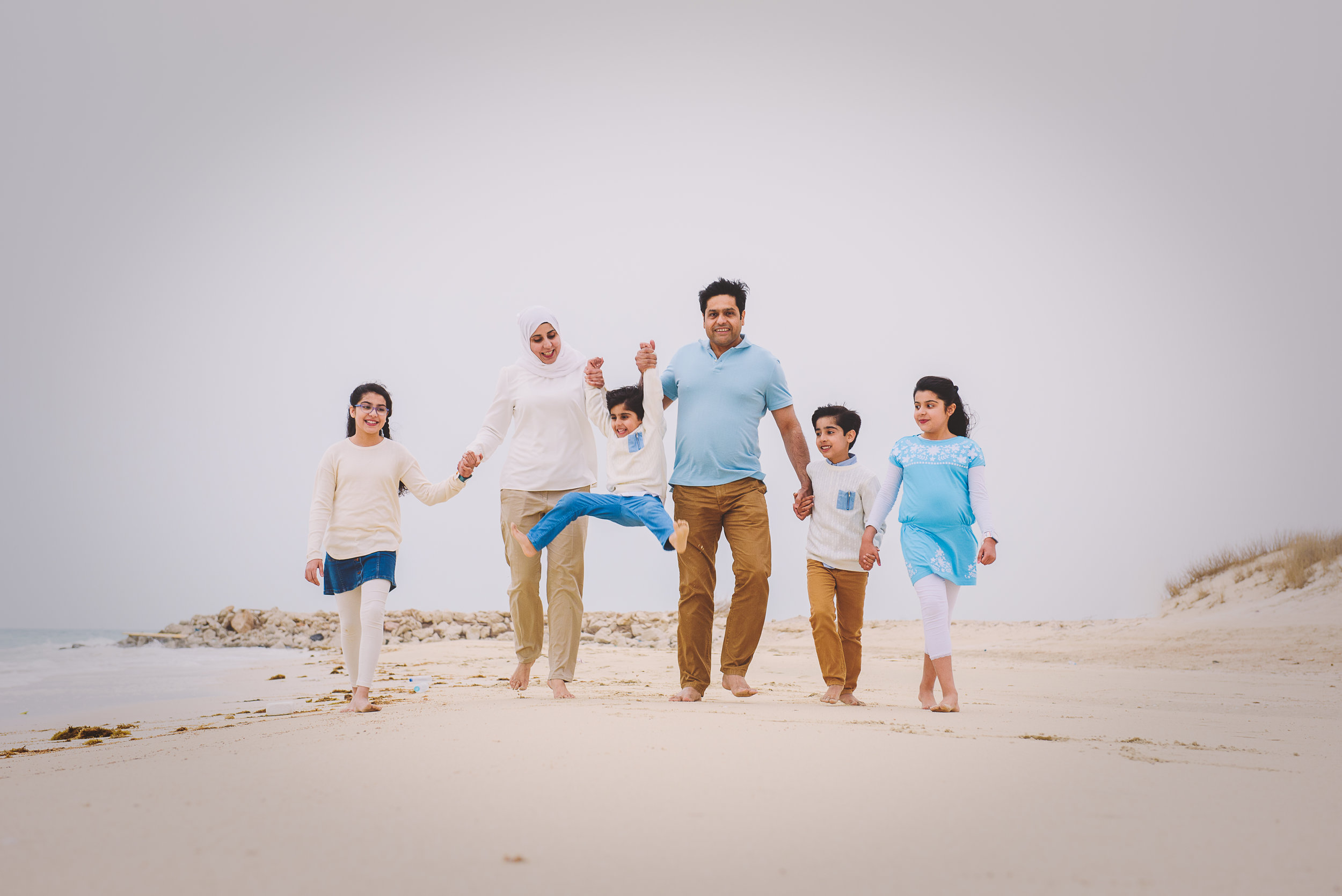 Print Xeeshan Family Beach Session-5.jpg