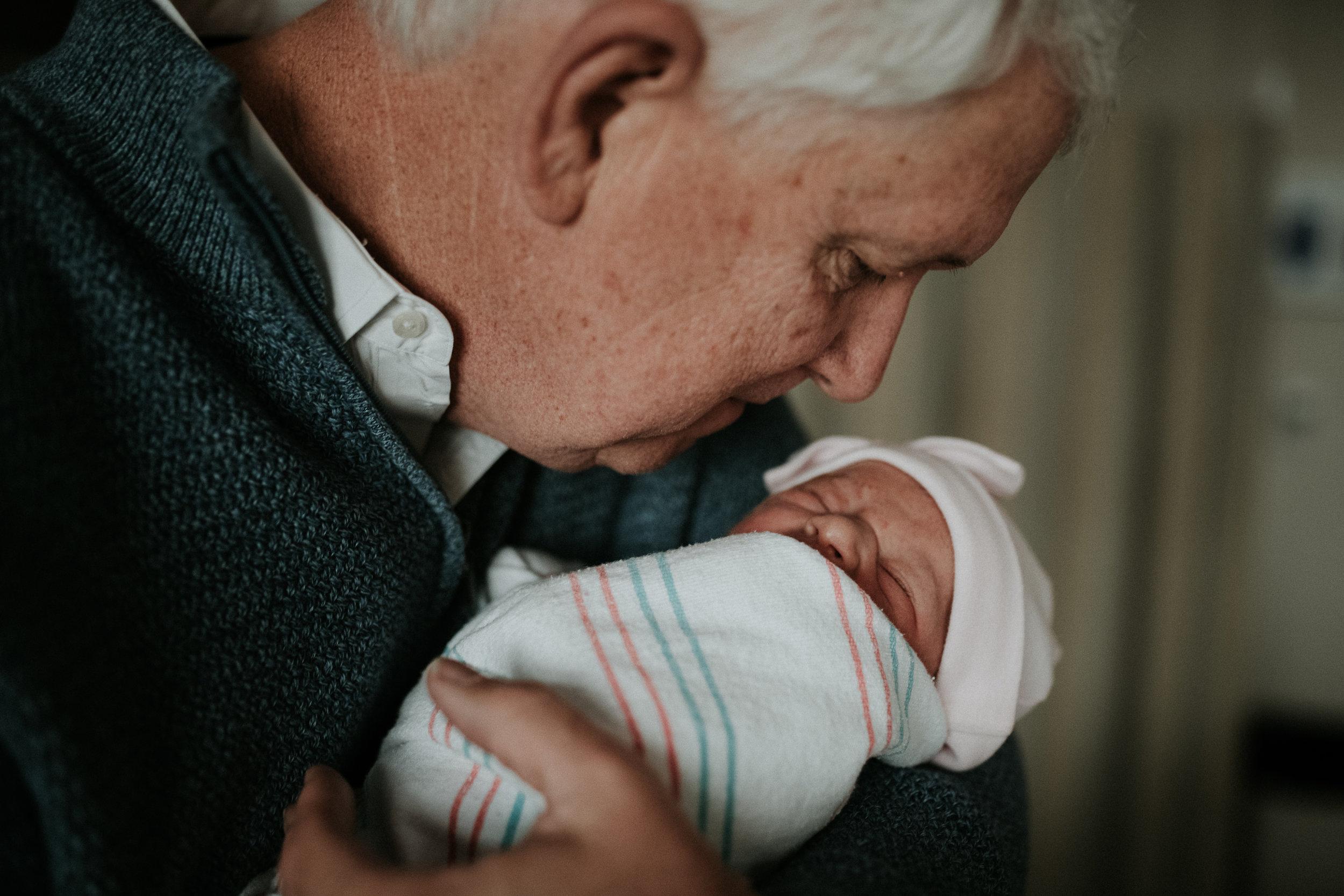 """Buddy"", grandfather on Lindsey's side, meets Kezia"