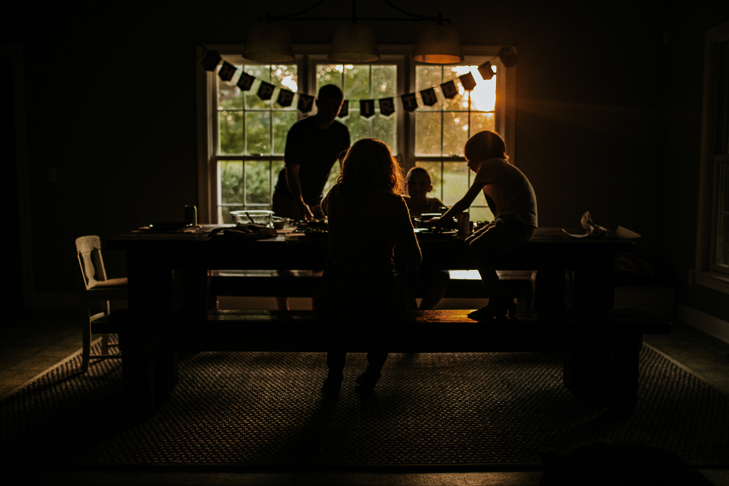 Family dinners were always a really important part of my childhood and I love seeing them prioritized in other families too
