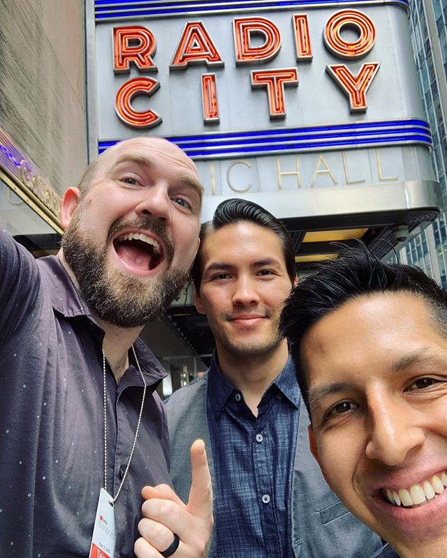 We're performing at @radiocitymusichall tonight at #brandcast2019!!! Thanks @youtube for having us be a part of this amazing event. Wish us luck!!🎻🎻🎻