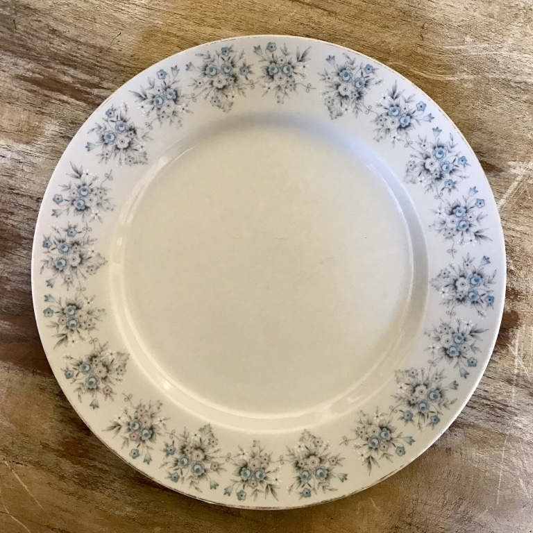 Blue floral mismatched china dinner plate. Murrieta vintage rentals.