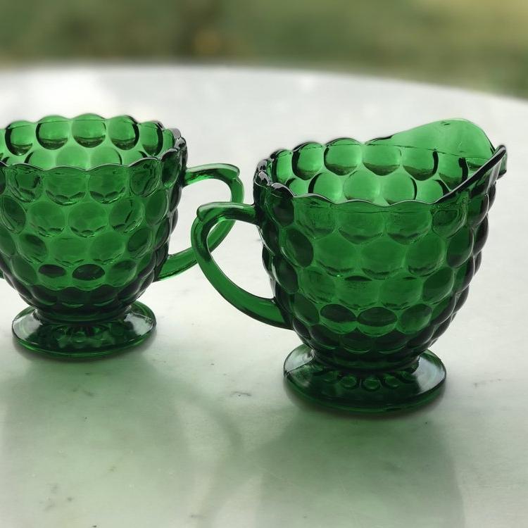Emerald green bubbled cream and sugar. Vintage Mid Century Modern. Wedding rentals in Murrieta.