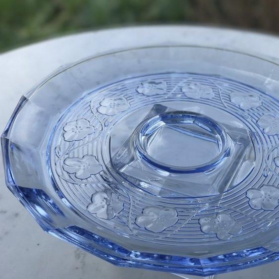 "Blue Glass Decorative Plate.    12"" diameter serving plate."