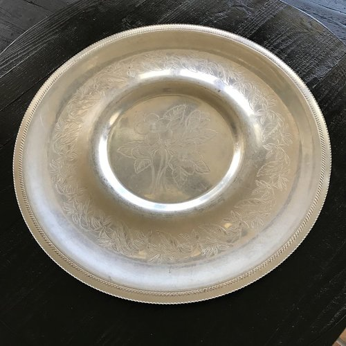 "Aluminum Floral Round Tray.    Extra large serving tray with beautiful floral pattern. 20"" round."