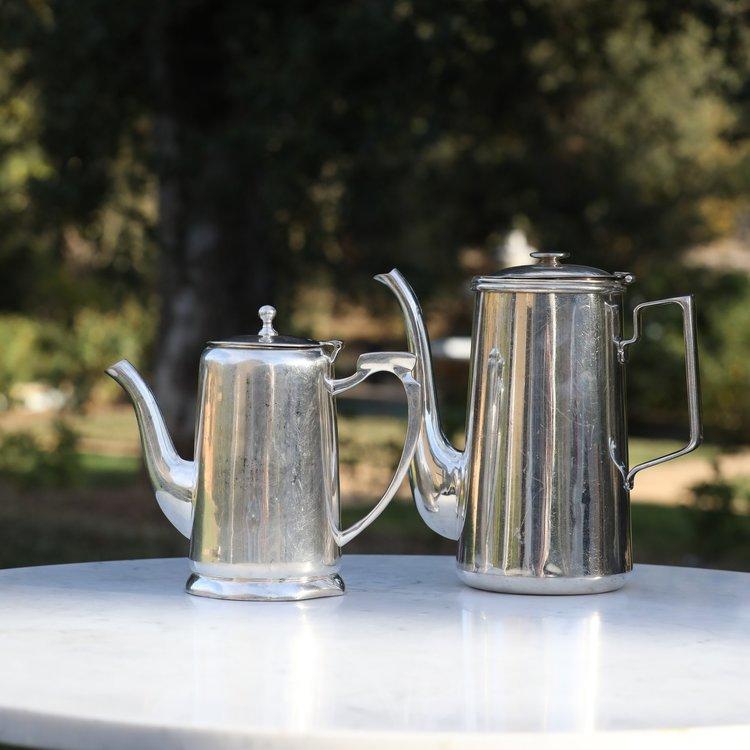 Chrome Coffee or Tea Pot   8 cup. Mismatched