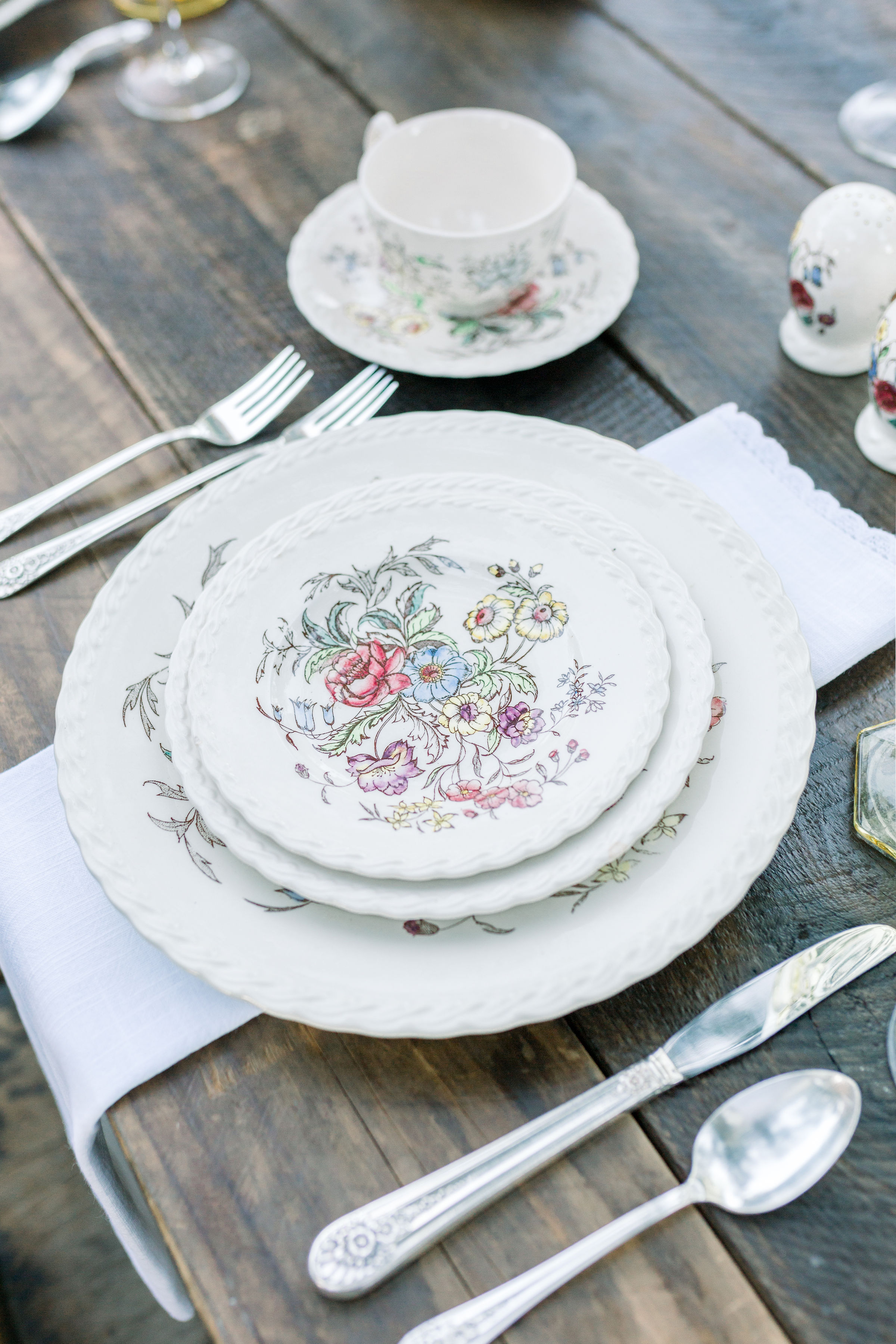 Johnson Brothers China and Staffordshire China were mixed. They had similar hues and went together perfectly.